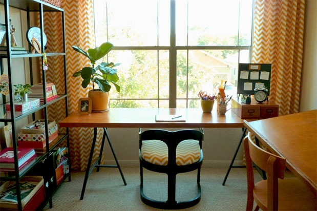 yellow-chevron-drapes-home-office-nook-makeover