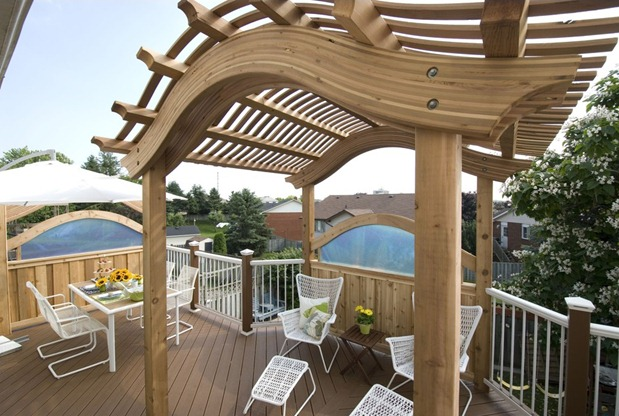 Deck-with-Shade