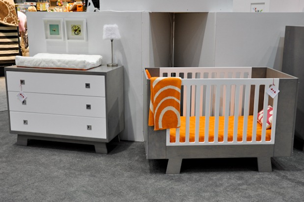 crib is made in canada is eco responsible and 100 wood with modern