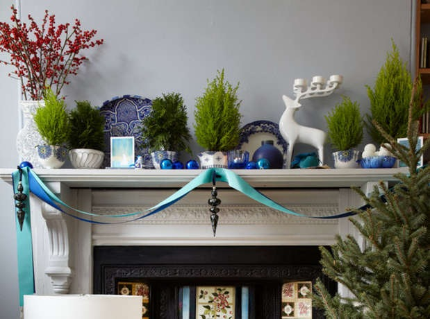 Holiday Mantel-ANCHOR