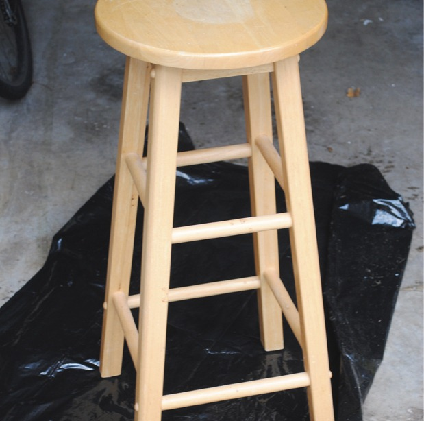 Article1_Stool1_BlankCanvas