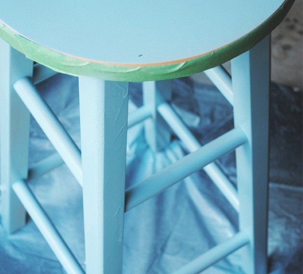 Article1_Stool3_Painted