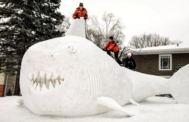 giant-snow-sculptures-bartz-brothers-3