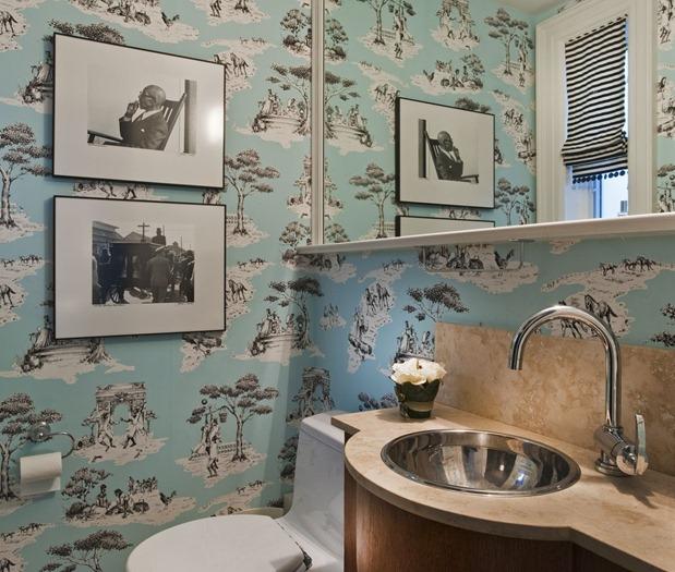 Jill Greaves bathroom wallpaper