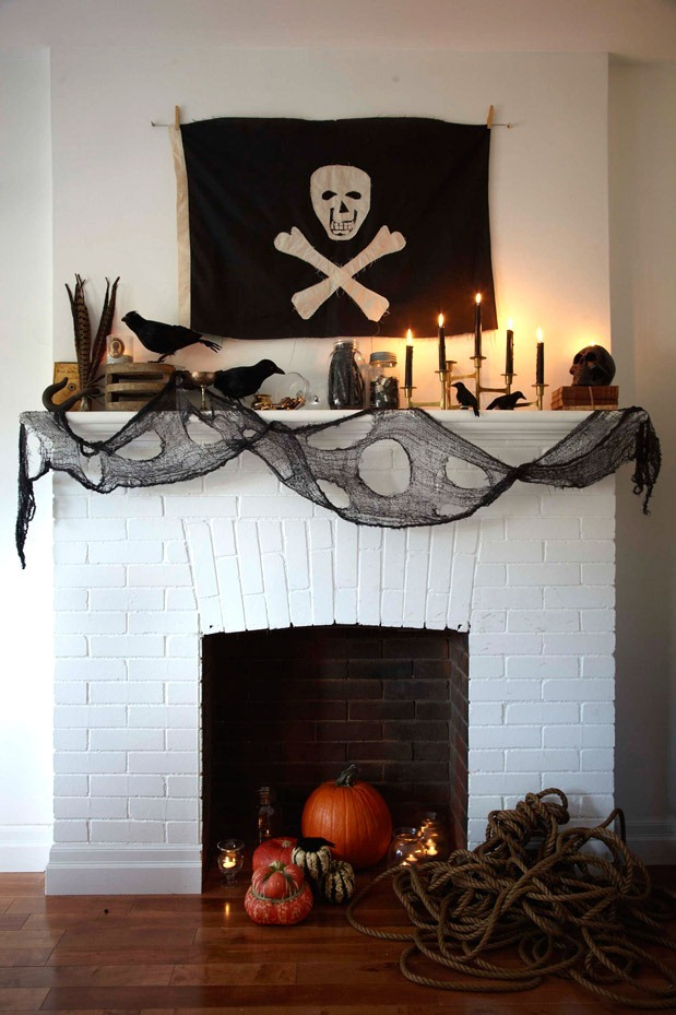 PirateMantel