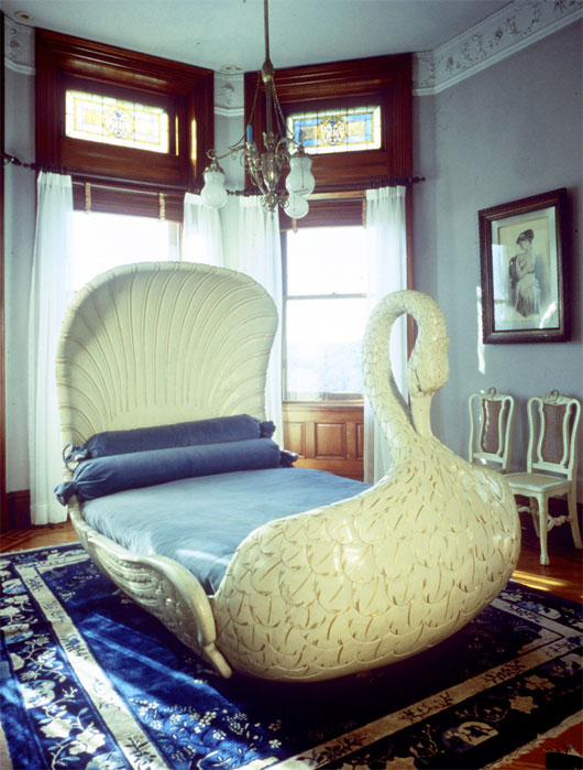 Beautiful ... Featured Image Of Question/Quiz Of The Week: Swan Beds U2014 Crazy Or  Awesome
