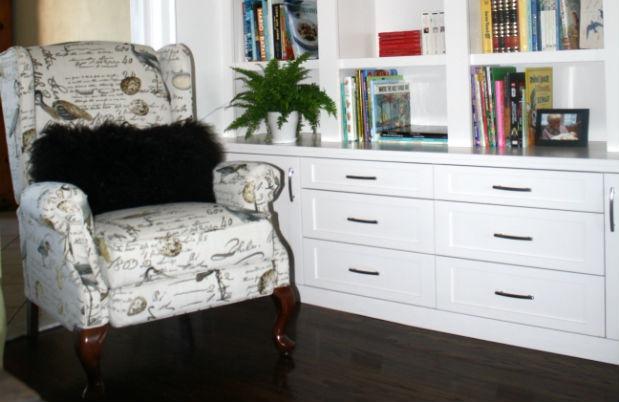 Real-Reno-Shelf-Armchair