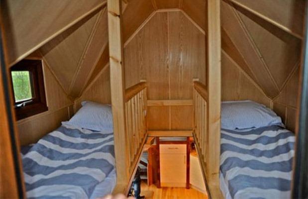 Tiny-House-Hot-Tub-3