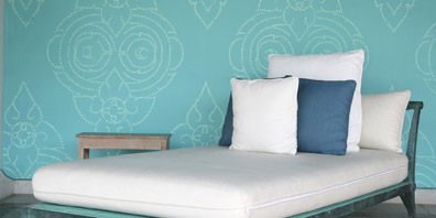 Why You'll Fall for Wallpaper Again