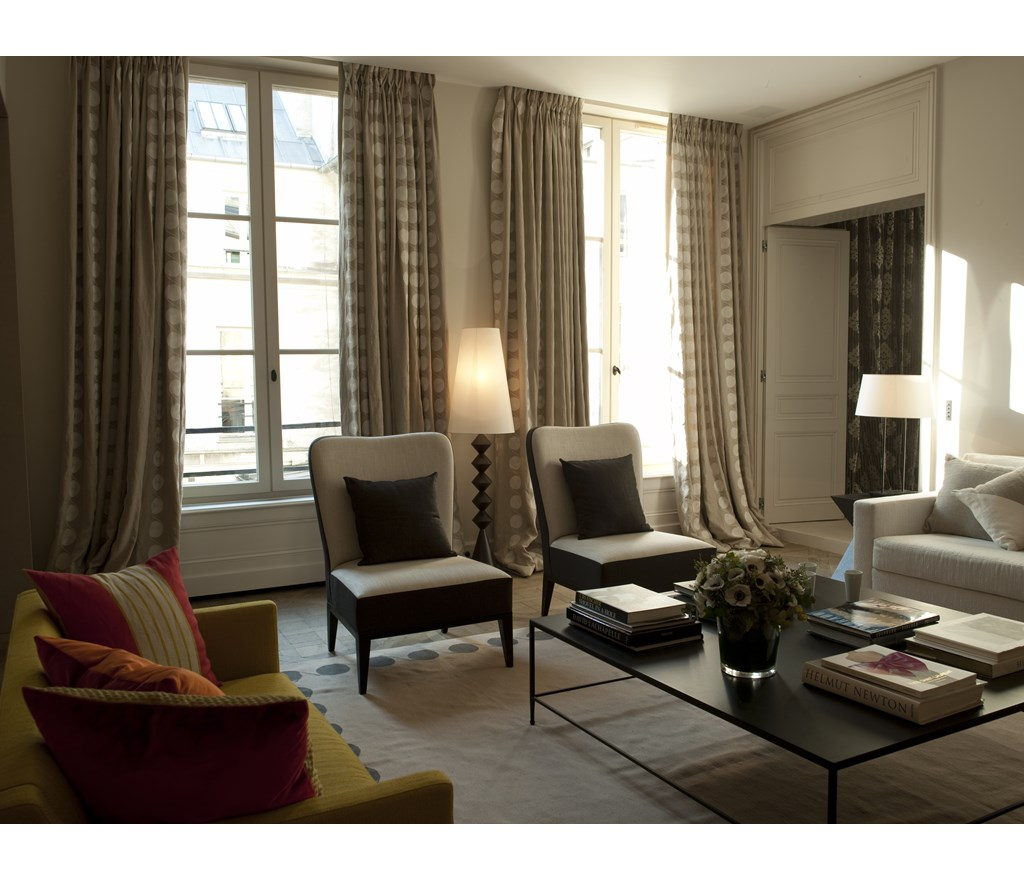 Home Tour: A Contemporary Paris Apartment