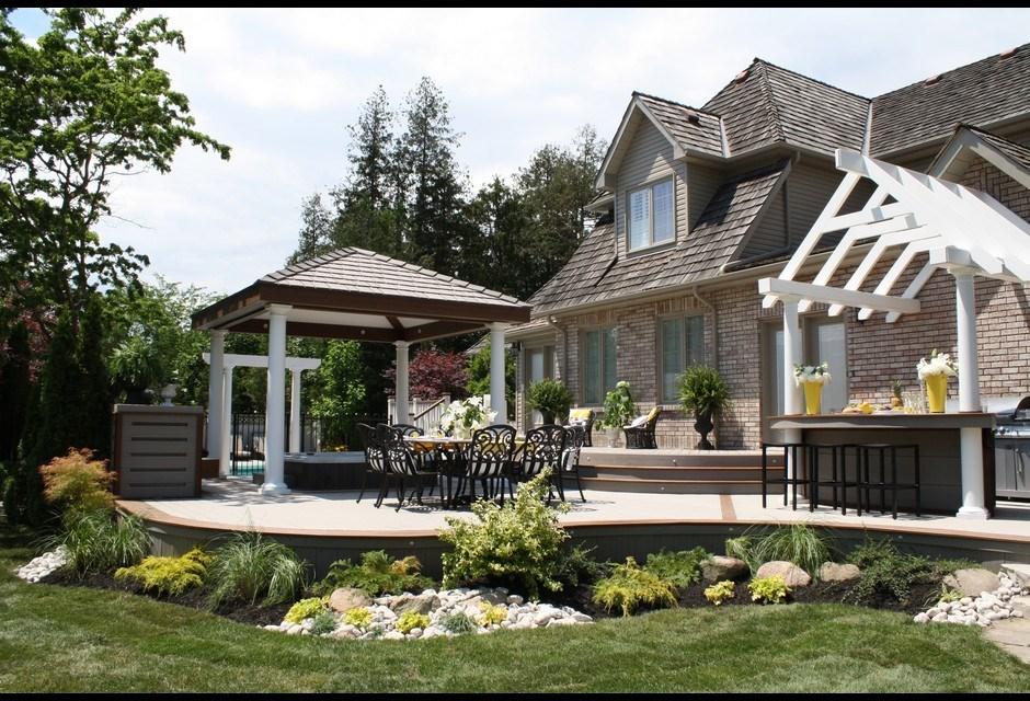 A Bright Backyard | Photos | HGTV Canada