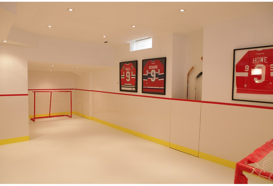 Indoor Mini Hockey Rink Photos HGTV Canada