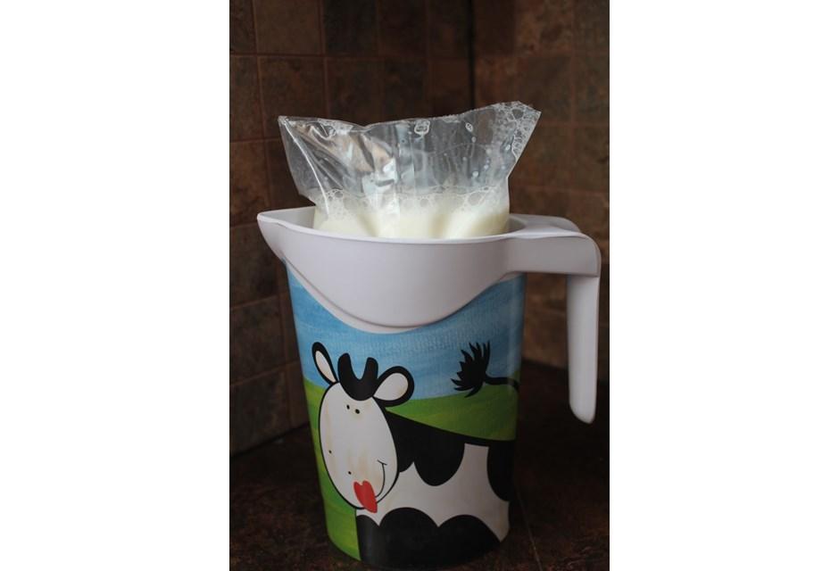Bagged Milk Canada on Home Interior Design 2016