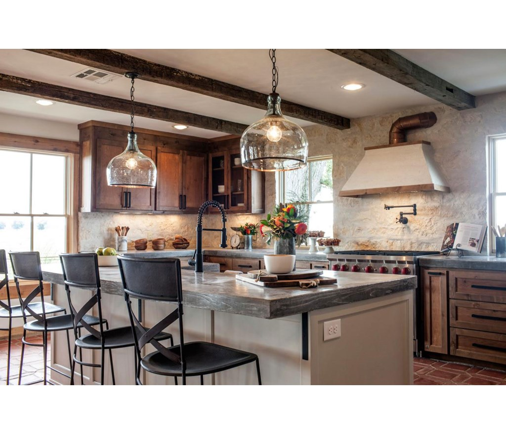 Fixer Upper Country Kitchen: Exposed Ceiling