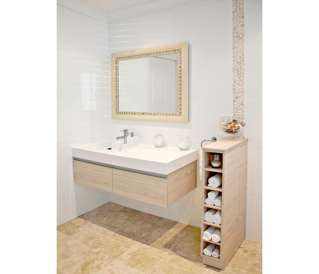 Hgtv Bathrooms Ideas: White Bathrooms