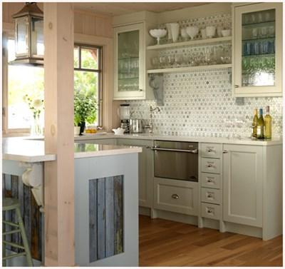 makeover sarah richardson s gourmet cottage kitchen