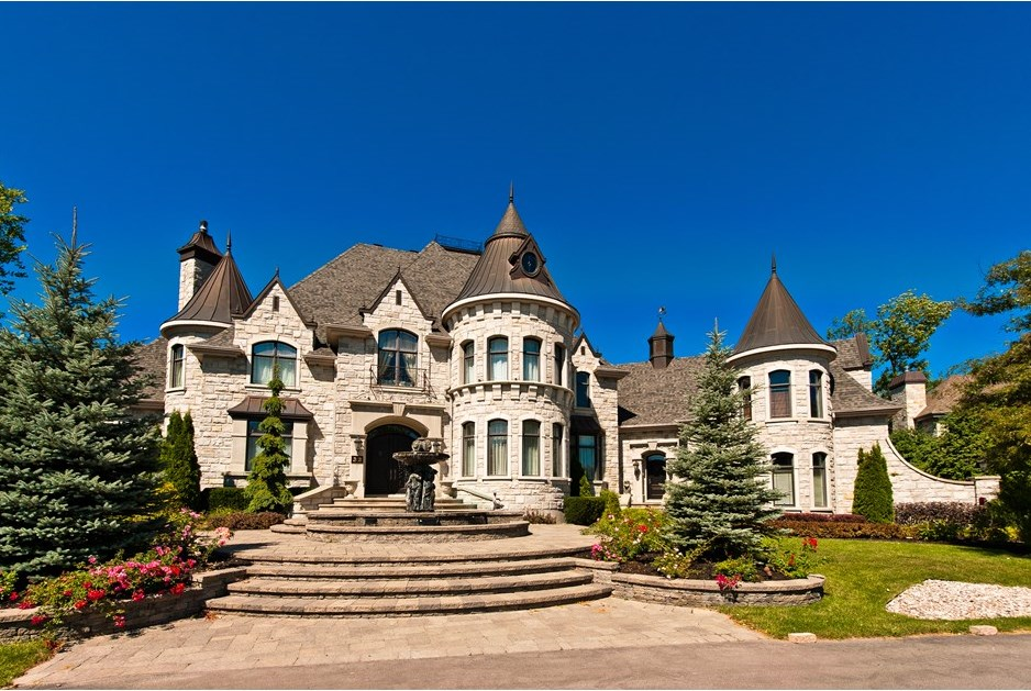dream home: a castle in quebec