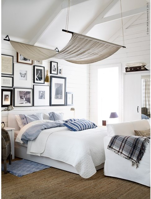 10 chic diy canopy beds for Exemple de deco chambre adulte