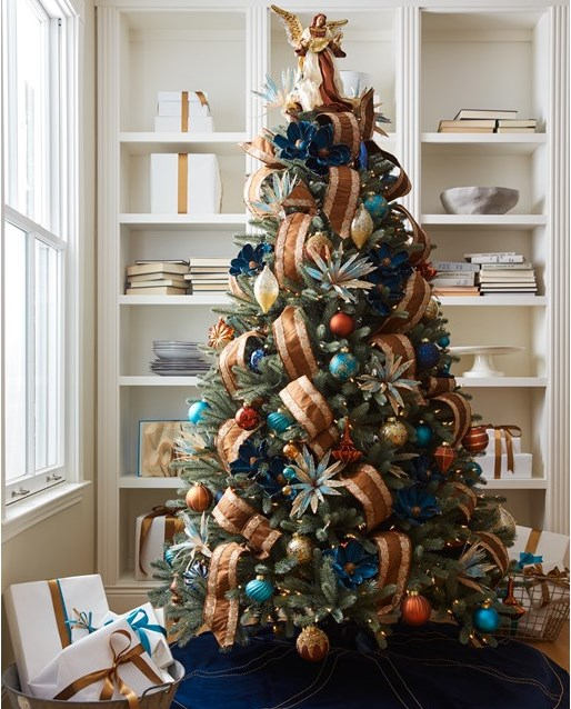 12 Best Images About Hgtv On Pinterest: Timeless Christmas Tree Styles