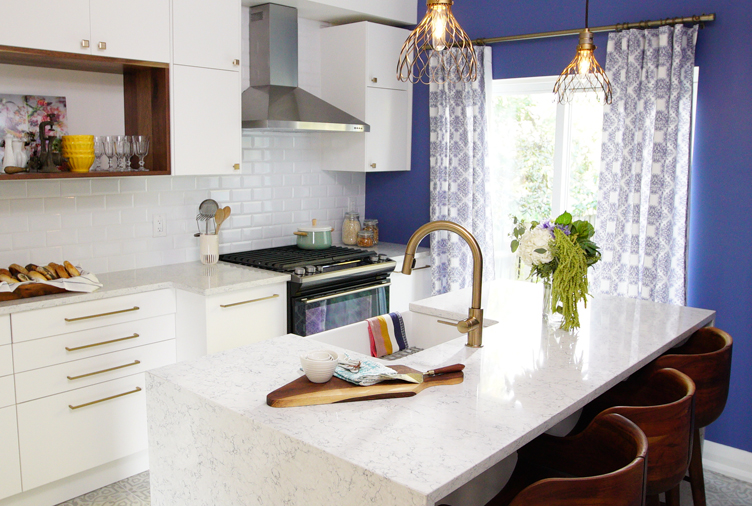 A hideous kitchen gets a heavenly makeover on a tight for New kitchen on a tight budget