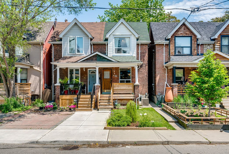 Toronto Semi Boasting Loads of Character Sells for $200,000 Over Asking