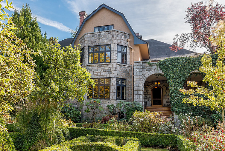 A Stunning Restored BC Home That Will Transport You to Another Time