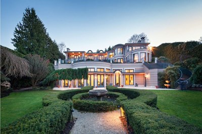 Exterior of Point Grey mansion being sold by Vancouver billionaire Joe Segal