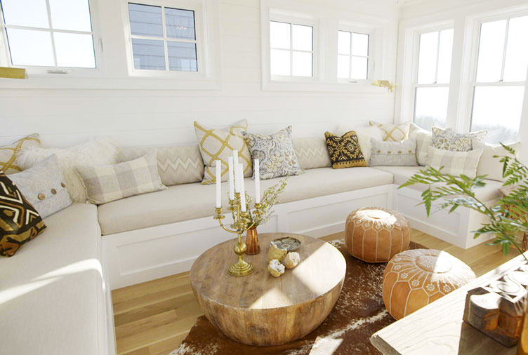 Sarah Brings A Small Space To Life With An Earthy Palette