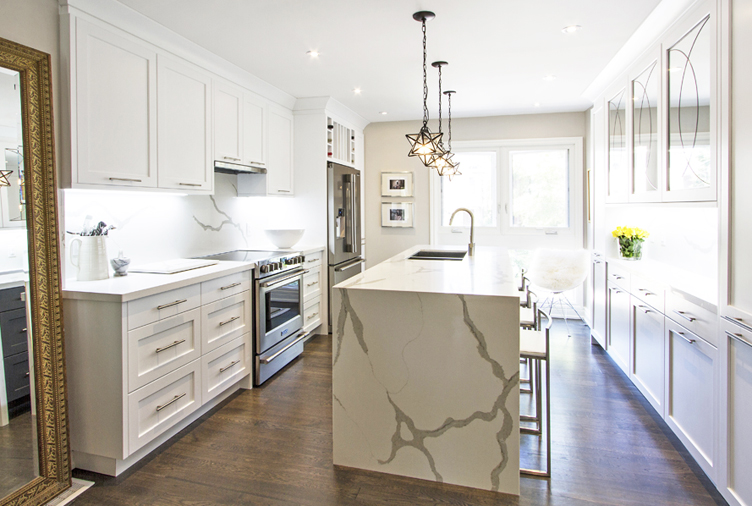 25 modern white kitchens packed with personality for Kitchen ideas canada