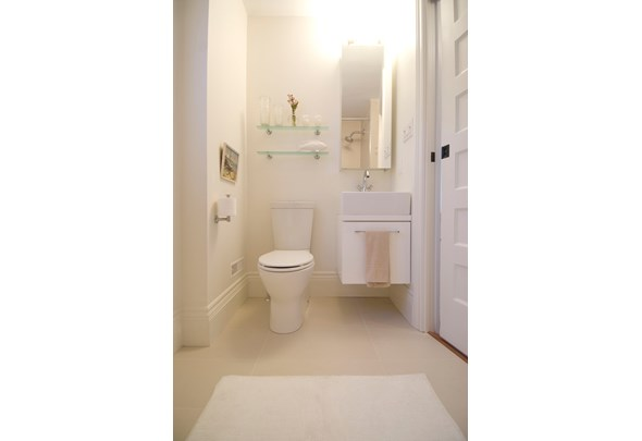 30 Before and After Bathroom Renovations | Photos | HGTV ...